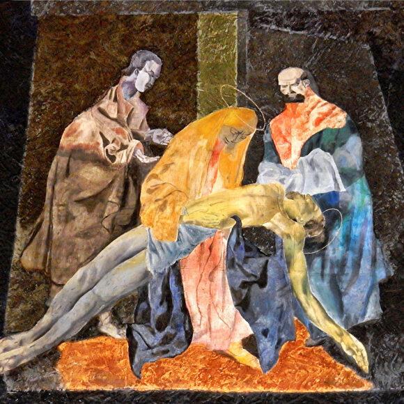 13. Station: Jesus wird vom Kreuz abgenommen und in den Schoß seiner Mutter gelegt.